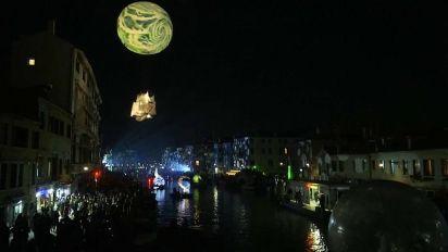 """Venezia: Carnevale al via con """"Tutta colpa della Luna"""""""