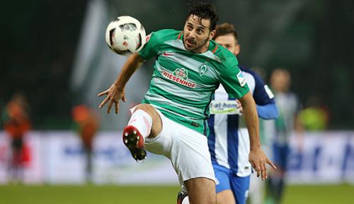 Bundesliga: Lemke rät Pizarro zum Abschied aus Bremen