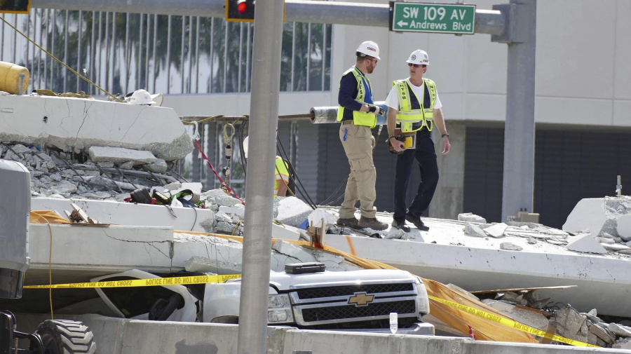 Design flaws probed in deadly bridge collapse