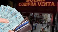El que apuesta al dólar viaja: los argentinos escapan del peso y pagan en cuotas el turismo 2020