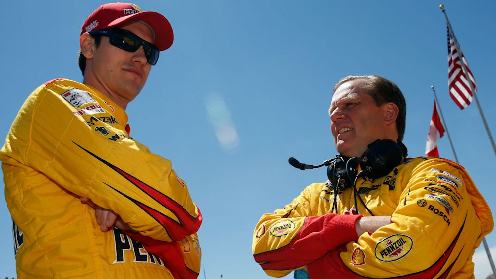 NASCAR starting lineup at Martinsville: Joey Logano edges Martin Truex Jr. to claim pole