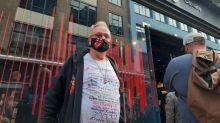 Les fans londoniens au rendez-vous pour l'ouverture du magasin des Rolling Stones