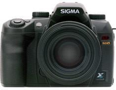 Sigma's mysterious SD15 DSLR finally ships to US, gets unboxed enthusiastically