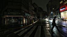Se desconocen las causas del apagón que dejó a oscuras a casi todo Argentina