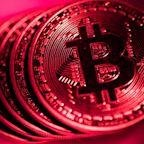 Bitcoin price drops by $1,000 in one hour amid fears of escalating crackdowns