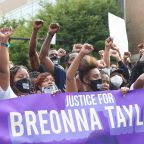 Protests Continue Into Third Night After Breonna Taylor Decision