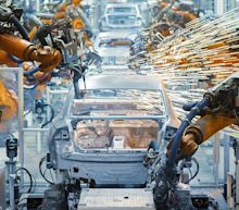 Big Three Automakers To Close Factories Due To Coronavirus; Tesla Defies Fremont Plant Order