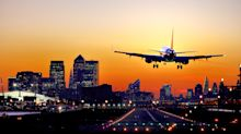 People want to see carbon emissions when booking flights, poll finds