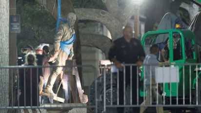 Texas man charged with trying to blow up Confederate statue