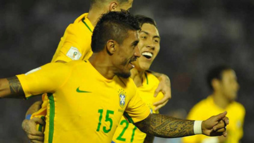 Com três gols, Paulinho entra para a história da Seleção Brasileira