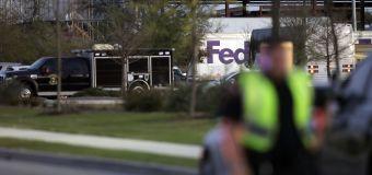 6th Texas parcel blast baffles investigators