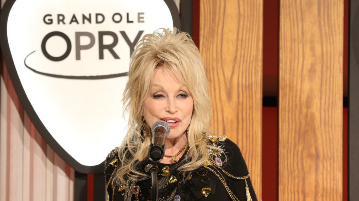 Dolly Parton clarifies stance on Black Lives Matter