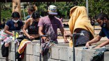 Il controesodo dei migranti venezuelani, senza lavoro per colpa del Covid. Migliaia di km a piedi o in bici