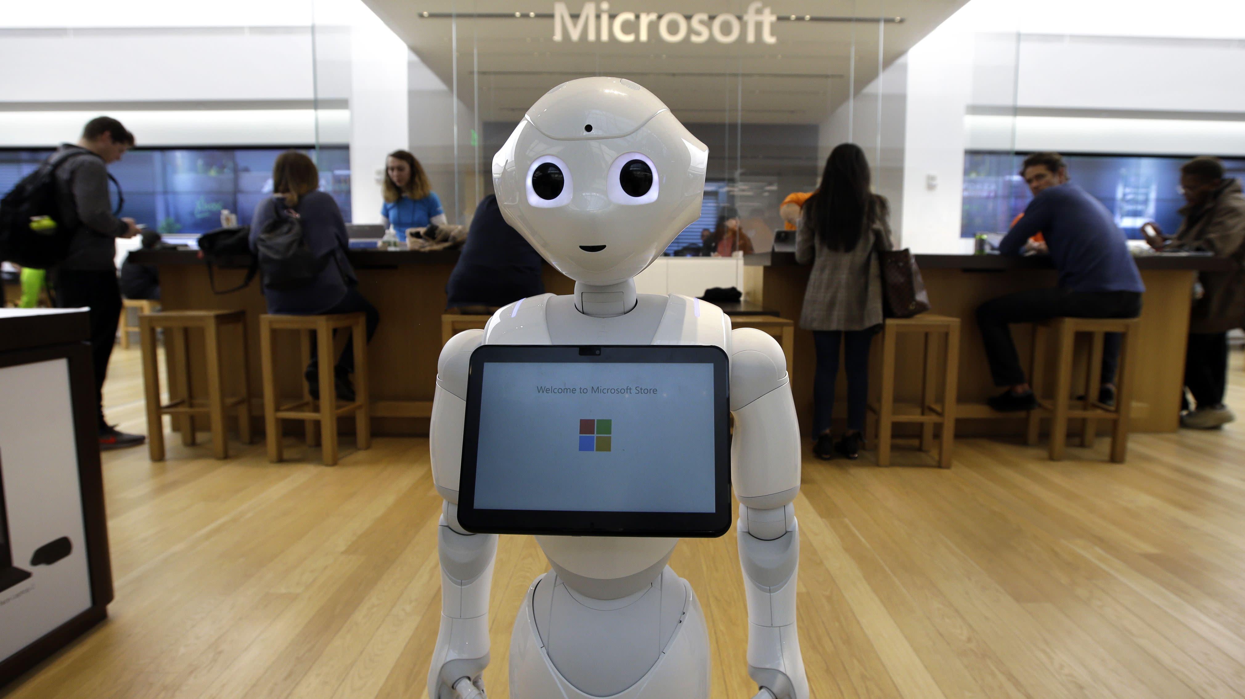 Tech execs push for regulating artificial intelligence