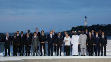 G7 acuerda ayudar a Amazonía en cumbre marcada por visita relámpago de canciller iraní