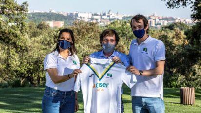 Almeida felicita al hockey femenino y masculino Club Campo Villa de Madrid