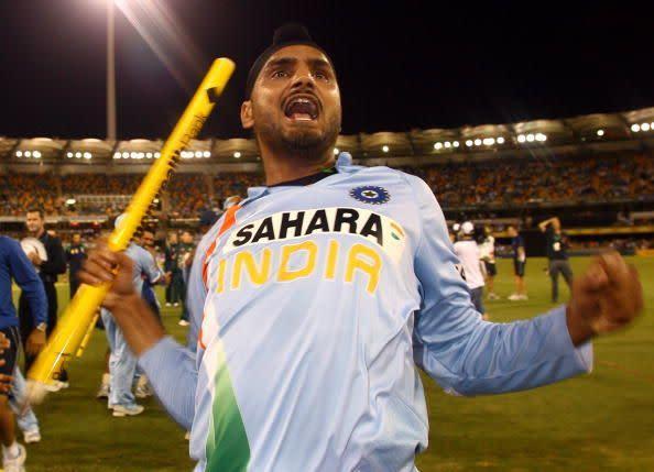 Australia v India - Commonwealth Bank Series 2nd Final