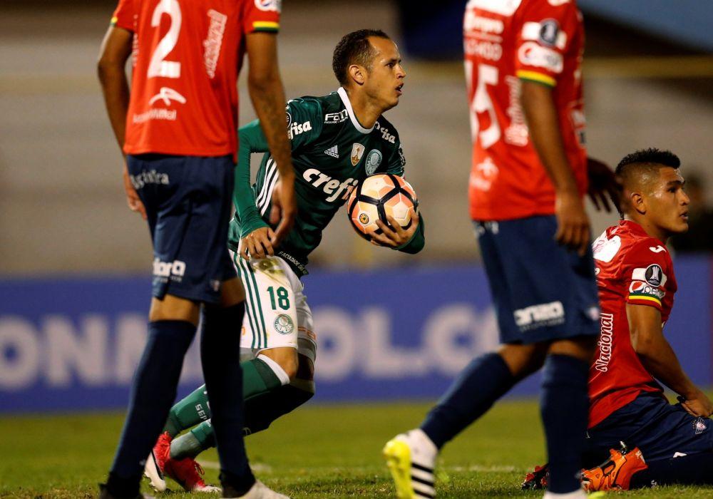 Guerra marcou, mas não foi suficiente para o Palmeiras vencer (AP)