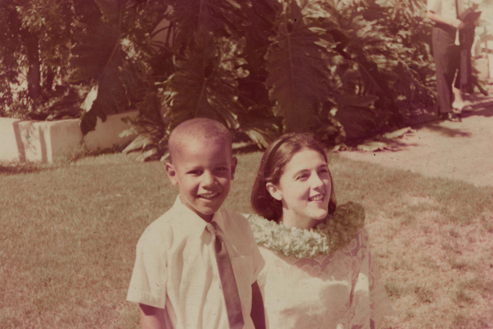 <p>Before he was the leader of the free world, he was just a little boy in Hawaii. Here he is pictured with his mother, Ann Dunham, in the '60s. </p>