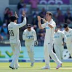 England vs New Zealand, second Test day three: live score and latest updates