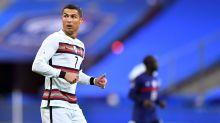 Juventus, Cristiano Ronaldo punta il Barcellona: decisivo il tampone in programma martedì