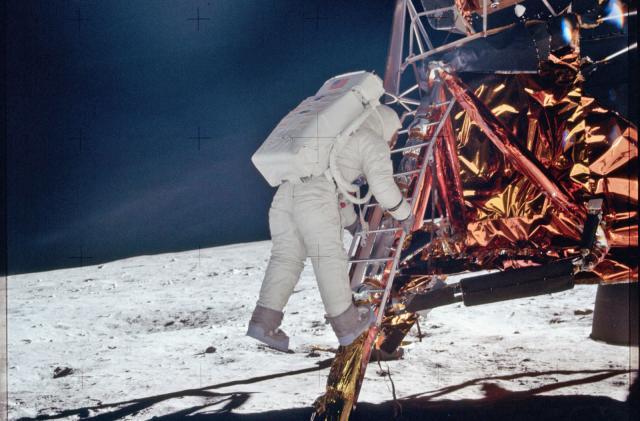 Apollo 11's source code is now on GitHub