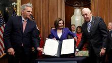 La Cámara Baja de EEUU aprueba un paquete de ayudas histórico para combatir el coronavirus