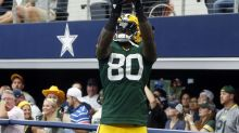 Martellus Bennett takes shots at Packers team doctor