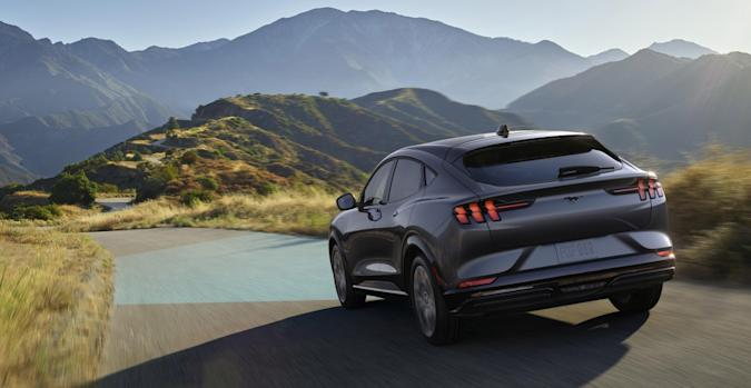 Mustang Mach-E delivers three unique drive experiences – Whisper, Engage and Unbridled – each offering finely tuned driving dynamics packaged with a unique sensory experience to make driving even more enjoyable.