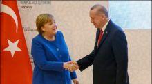 Treffen Merkels mit Erdogan in Istanbul sorgt in Deutschland für Debatten
