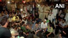 CAA Violence: Mumbai Police Detain Protesters at Marine Drive