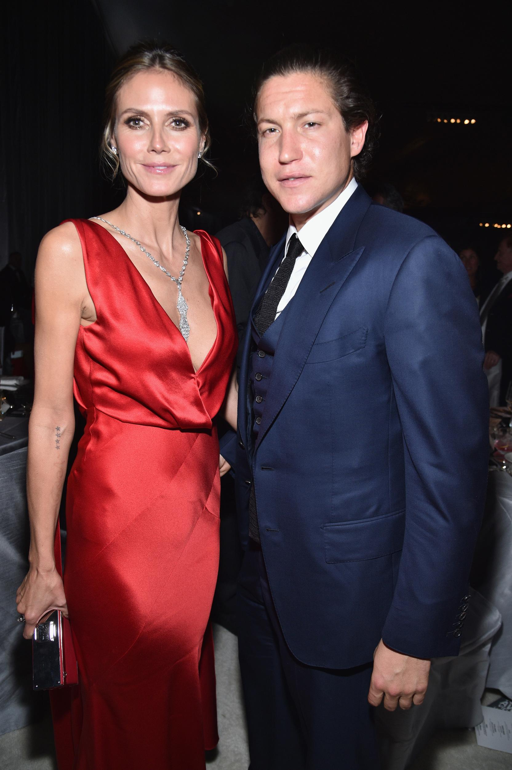 WEST HOLLYWOOD, CA - FEBRUARY 26:  Model Heidi Klum (L) and Vito Schnabel  attend the 25th Annual Elton John AIDS Foundation's Academy Awards Viewing Party at The City of West Hollywood Park on February 26, 2017 in West Hollywood, California.  (Photo by Kevin Mazur/Getty Images for EJAF )