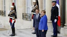 Macron führt - Merkel vor?