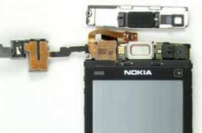 Nokia X6 gets set up for FCC testing, torn down for kicks