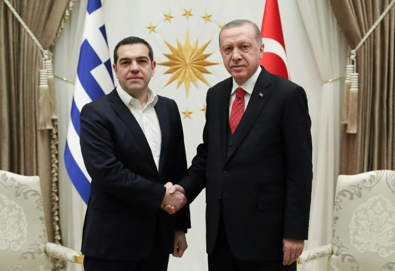 Greece, Turkey vow to defuse tensions through dialogue