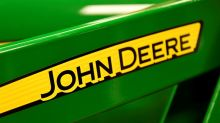 U.S. tractor maker Deere upgrades 2018 outlook on improving equipment demand