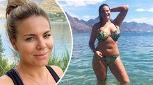 Fiona Falkiner's bikini snap turns up the heat in New Zealand