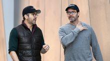 La 'rivalidad' entre Hugh Jackman y Ryan Reynolds comenzó por una mujer