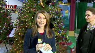 Ava Visits 'Festival Of Trees'