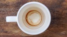 Controverse sur Mumsnet : elle confie réutiliser le même mug pour son thé plusieurs jours d'affilés