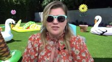 Kelly Clarkson Slays Chill-Inducing Cover Of 'Chain Of Fools' After Divorce News