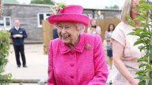 Queen Elizabeth II.: In den Fußstapfen von Queen Mary