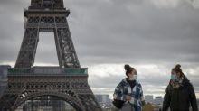 Covid-19 : Paris en zone d'alerte maximale, un nouveau protocole sanitaire pour les restaurants, la jauge des facs limitée à 50%