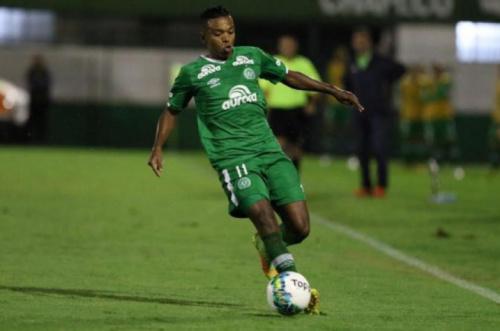 Recuperado, Niltinho retorna ao time titular da Chapecoense
