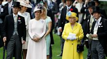 Los coloridos looks de Isabel II en Ascot