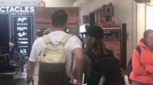 Mulher documenta a história de um encontro no avião, e a internet está amando