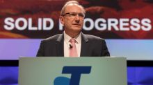 Telstra avoids 2nd strike on executive pay
