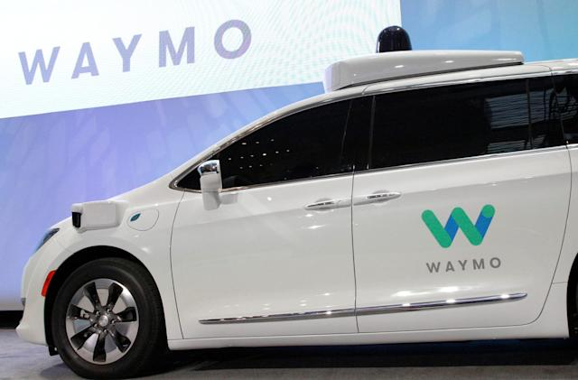 Waymo inches closer to driverless car launch with repair deal