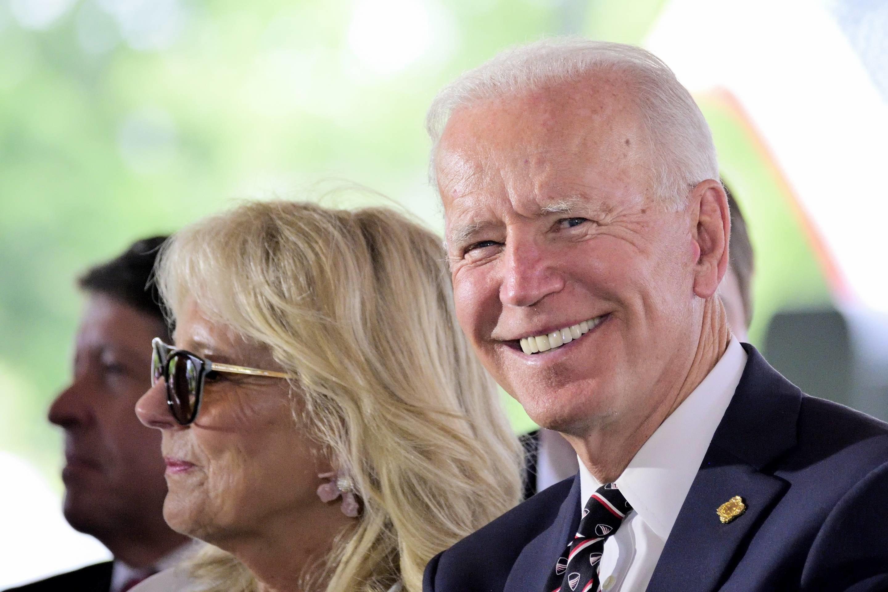 Biden Leads Trump by 'Landslide' in Latest Quinnipiac Poll