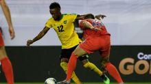 Jogador de futebol é suspenso por seis jogos nos EUA por insultos  homofóbicos